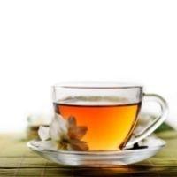 una tazza trasparente di tea